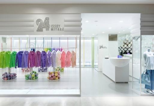 24-Issey-Miyake-store-by-Moment-Design-Hakata.jpg