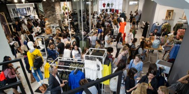 fast-fashion-top-shop-opening-aukland-new-zealand.jpg